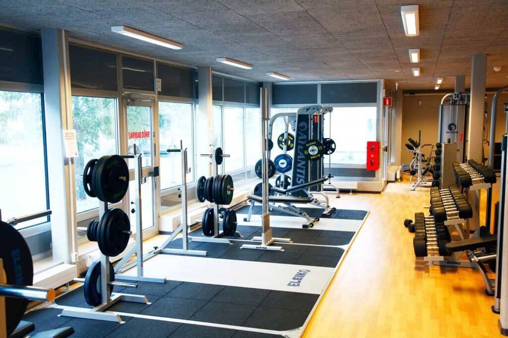 gym fria vikter tegelbruket örebro